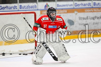 -32- Hendrik Hane (Torwart EC Bad Nauheim), in der DEL 2 - EC Bad Nauheim gegen Ravensburg Towerstars, Bad Nauheim, Colonel-Knight-Stadion, 07.10.18