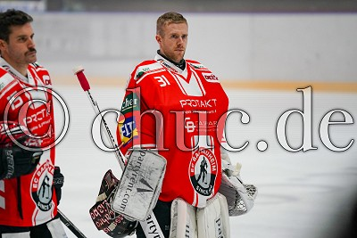 -31- Felix Bick (Torwart EC Bad Nauheim), in der DEL 2 - EC Bad Nauheim gegen Eispiraten Crimmitschau, Bad Nauheim, Colonel-Knight-Stadion, 03.11.19