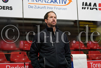 Harry Lange (Trainer EC Bad Nauheim) , DEL 2 - EC Bad Nauheim gegen ESV Kaufbeuren, Bad Nauheim, Colonel-Knight-Stadion, 20.02.21